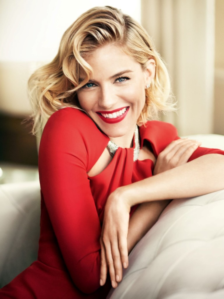 sienna-miller-by-mario-testino-for-vogue-uk-october-2015 (1)