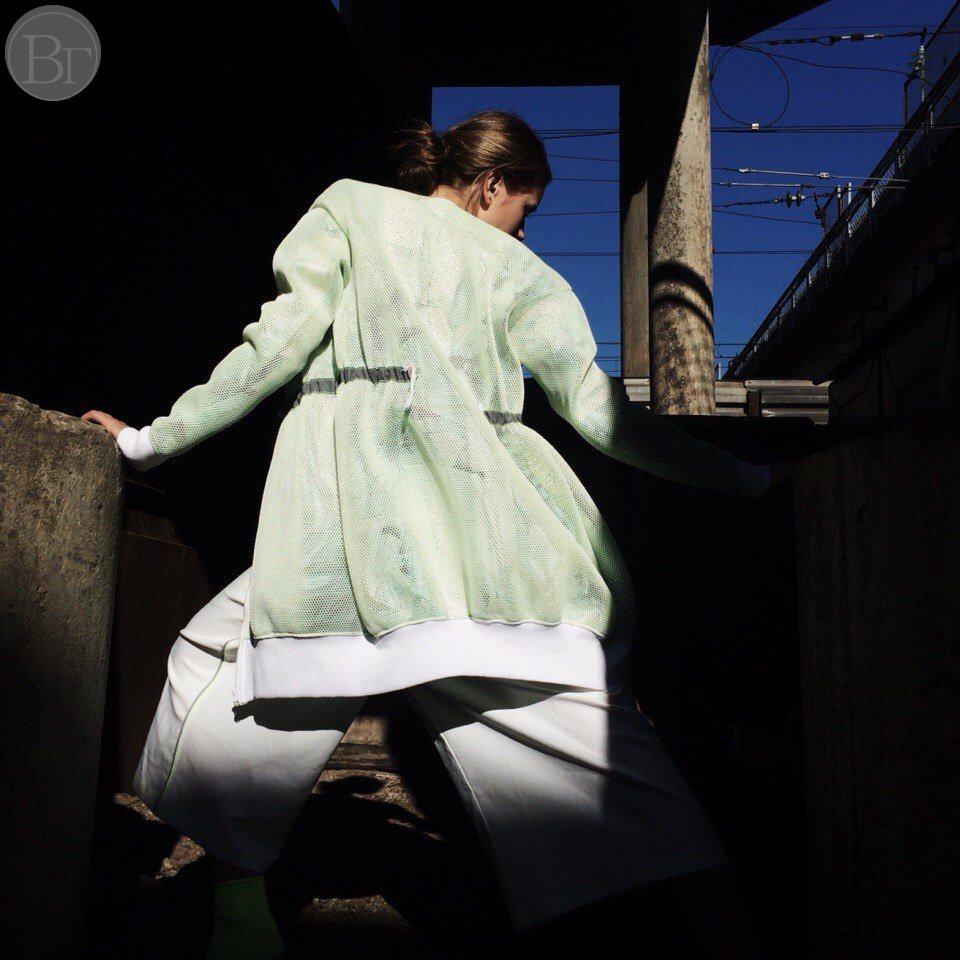 Anna Kreydenko for Vika Green