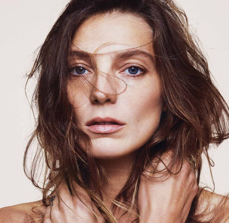 Daria-Werbowy-Marie-Claire-France-March-2016-Editorial02