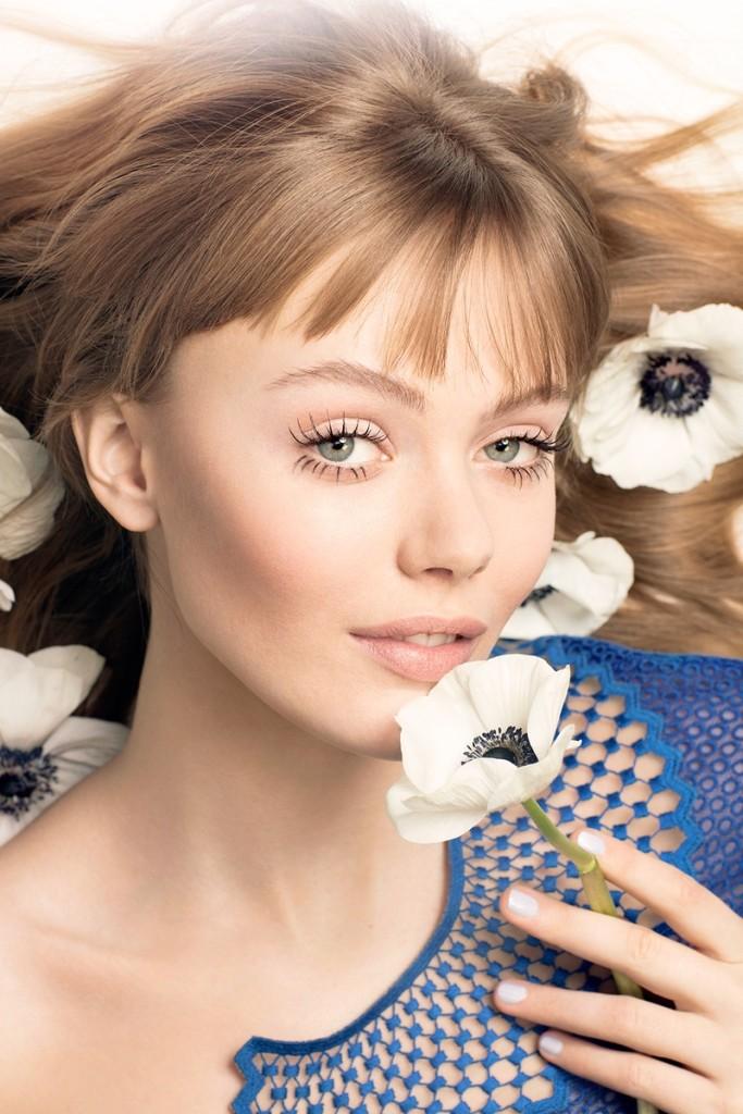 Frida-Gustavsson-ELLE-Sweden-Makeup-March-2016-Cover-Editorial04
