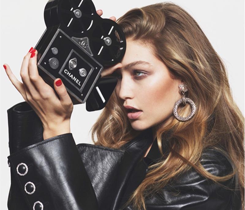 Gigi-Hadid-Chanel-Looks-Vogue-Paris-2016-Editorial05