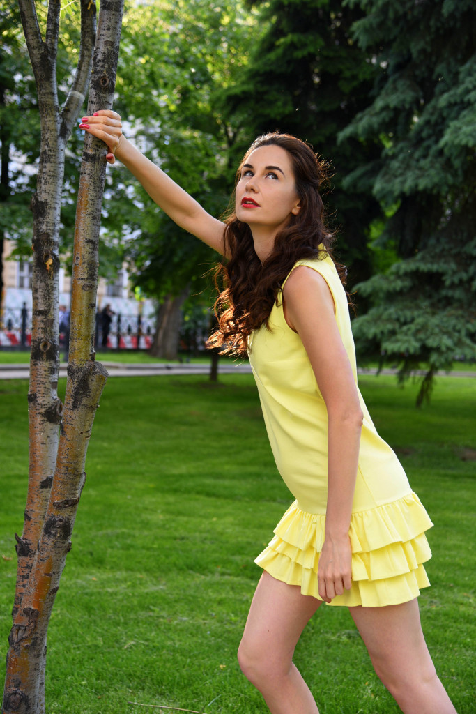 Vika Green by Olga Kupriyanova for Betrendy wear-yellow