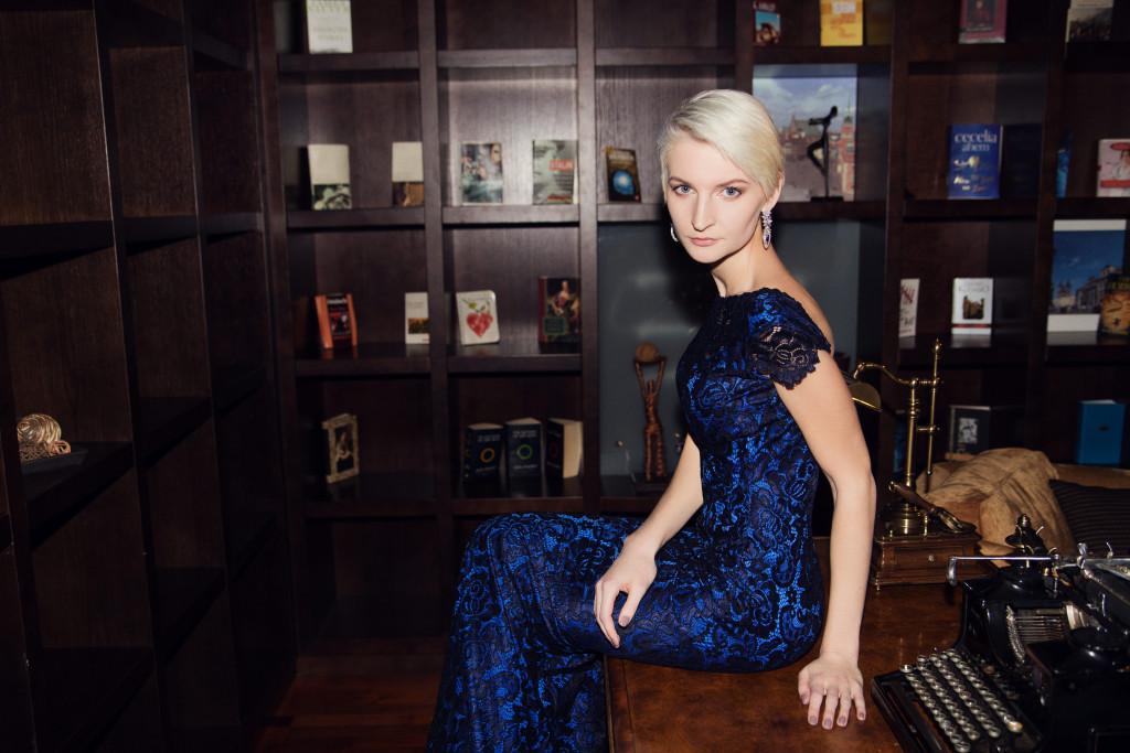Kseniya Bratskich by Zhanna Mayrova for www.vikagreen.ru