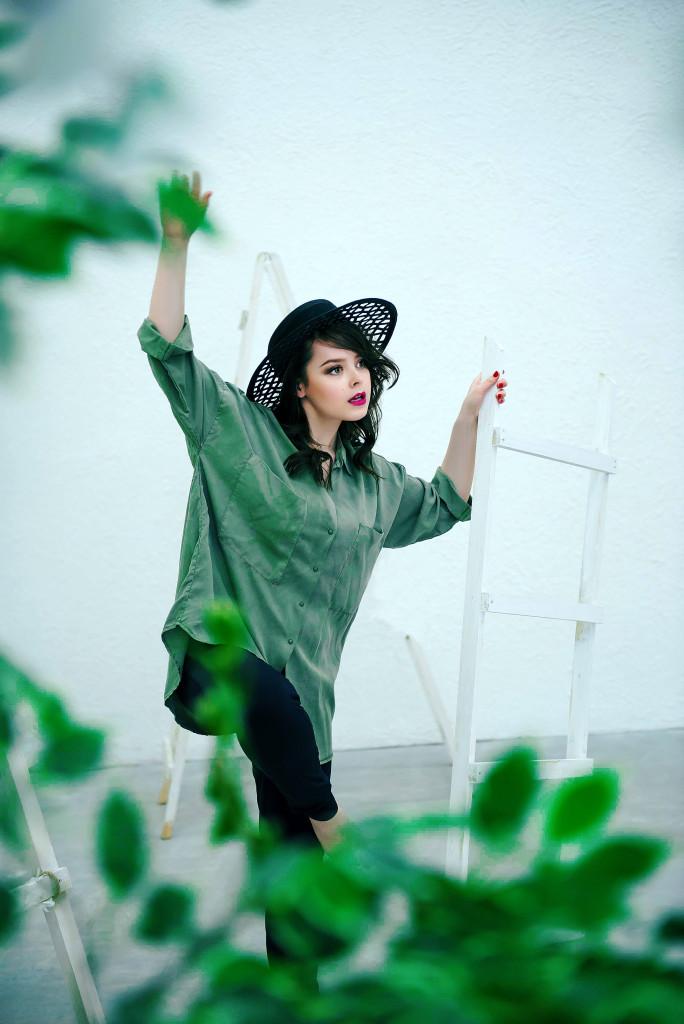 Nataliya Medvedeva by Ekaterina Govorova for www.vikagreen.ru