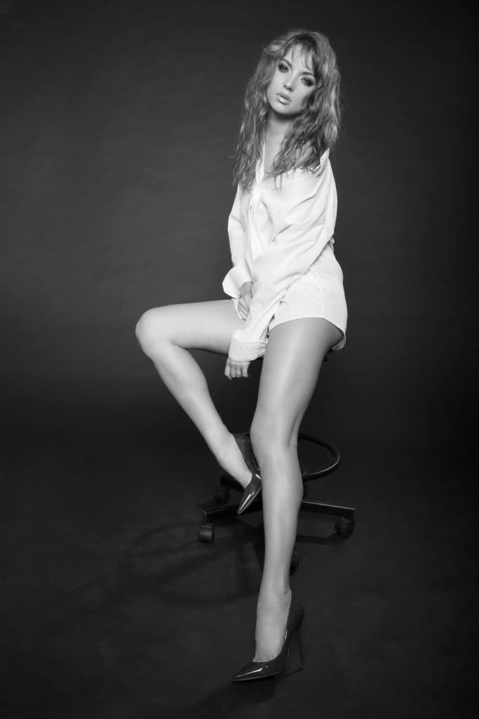 Katya Bravve by Zhanna Mayorova for www.vikagreen.ru