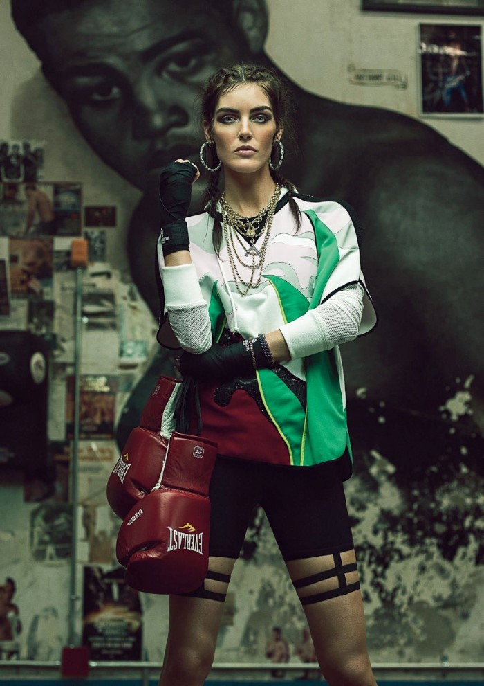 Hilary Rhoda For Harpers Bazaar Turkey January 2017 (8)