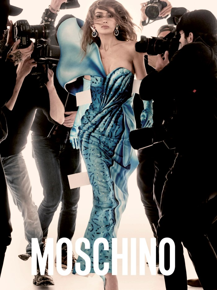 Gigi and Bella Hadid Front Moschino SS 2017 (4)