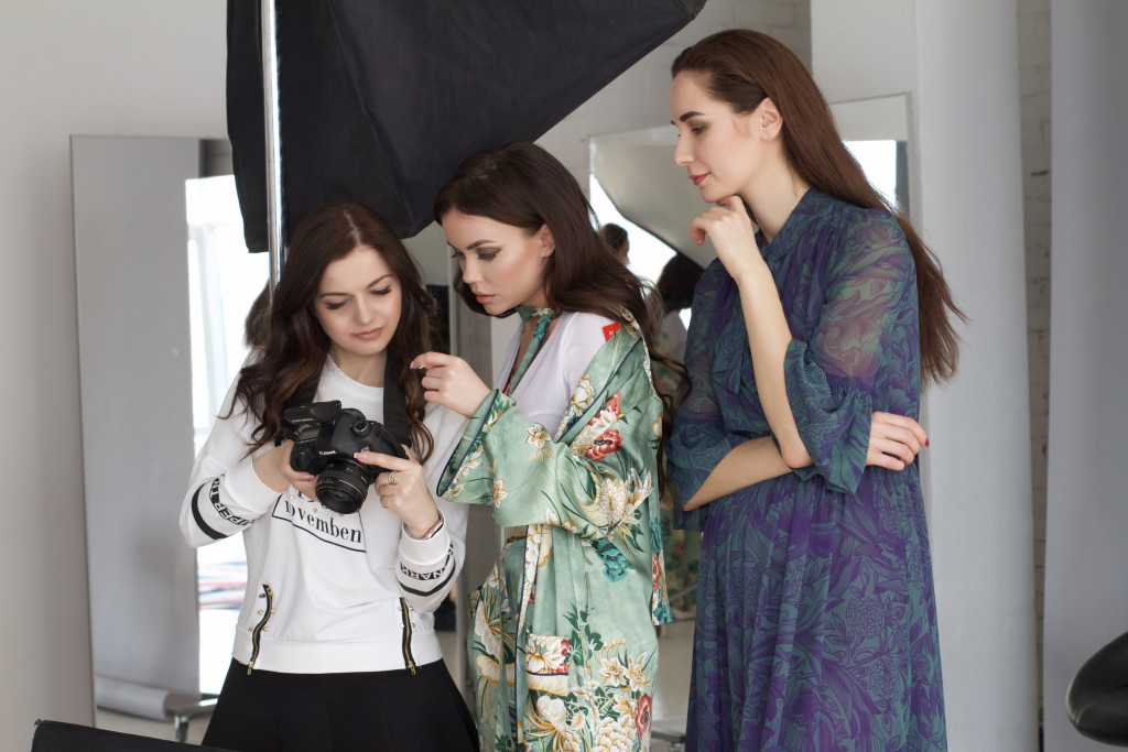 Backstage - Assol by Mariya Pshenichnikova for vikagreen.ru - Apriori Photo