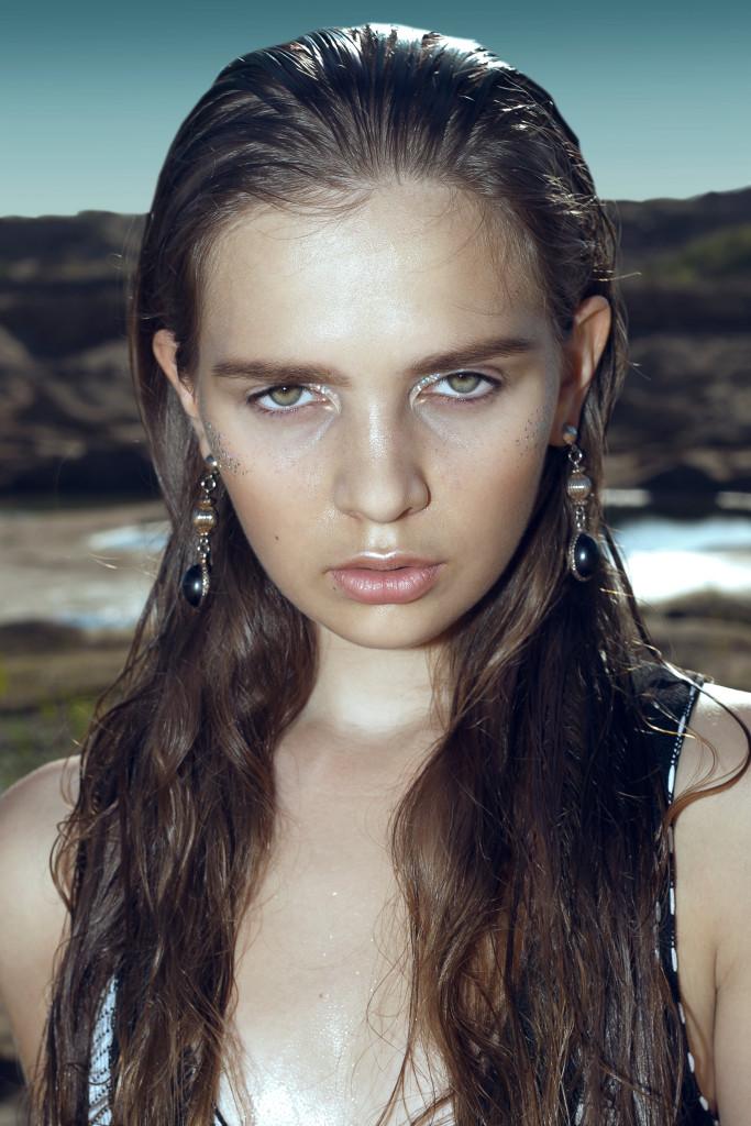 Mariya Smirnova by Sveta Undalova - stylist Vika Green