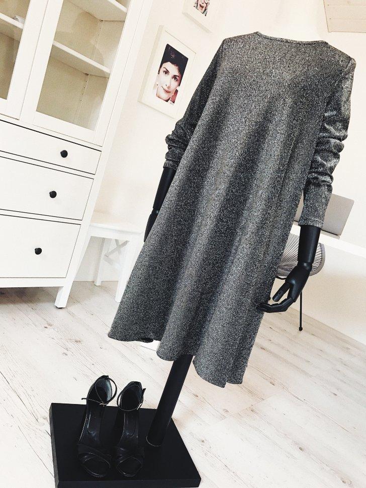 Grey dress (1)