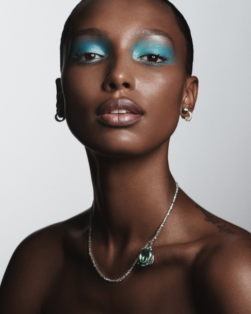 Jasmine+Tookes+by+Tom+Schirmacher+for+Elle+USA+May+2018++(9)