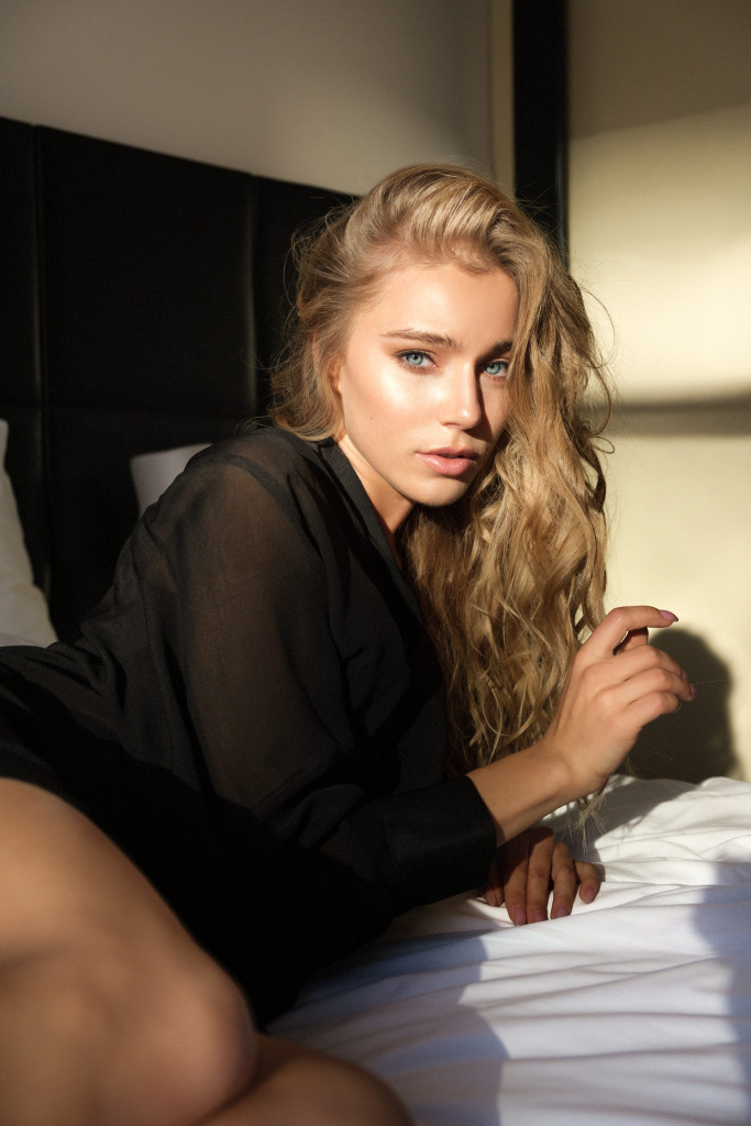 Arina Postnikova by Maxim Kanakin for vikagreen.ru-Mamaison Pokrovka hotel