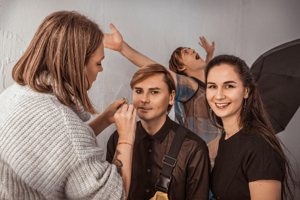Backstage_AppolonovGang by Nataly Aminova for vikagreen.ru