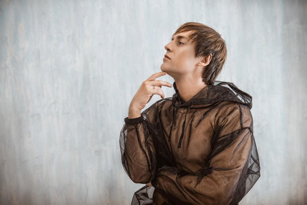 Andrey Grigoryev-Appolonov Jr by Nataly Aminova for vikagreen.ru