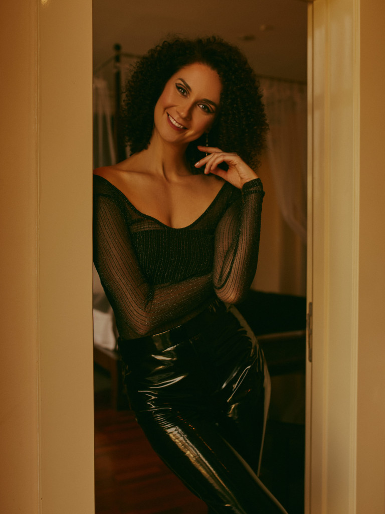 Vika Green by Ivan Sharov in Mamaison Hotel