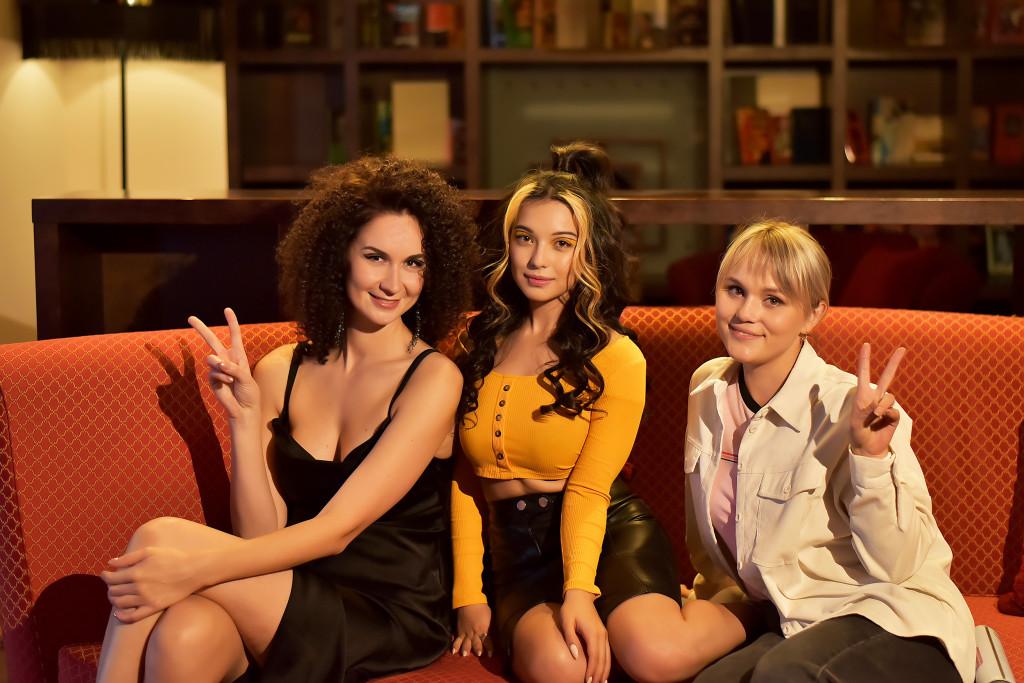 Backstage_SIYA by Sergey Bogomolenkov for vikagreen.ru